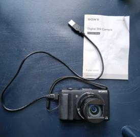 Sony Cybershot HX60 20MP 30x Zoom Compact Digital Camera.