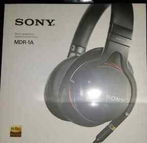 Brand new sealed in box sony headphones