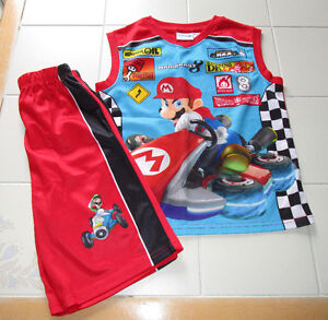 Boys 2pc Mario tank short set in size 10/12 *never worn