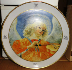 Angel with Viol Collector Plate Collection of Vatican Museums