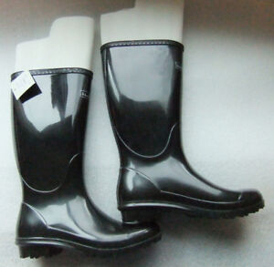 NEW Women's size 8 WindRiver Black High Rainboots