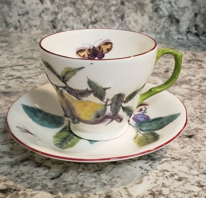 The Royal Collection English Fine Bone China Cup And Saucer - Botanical