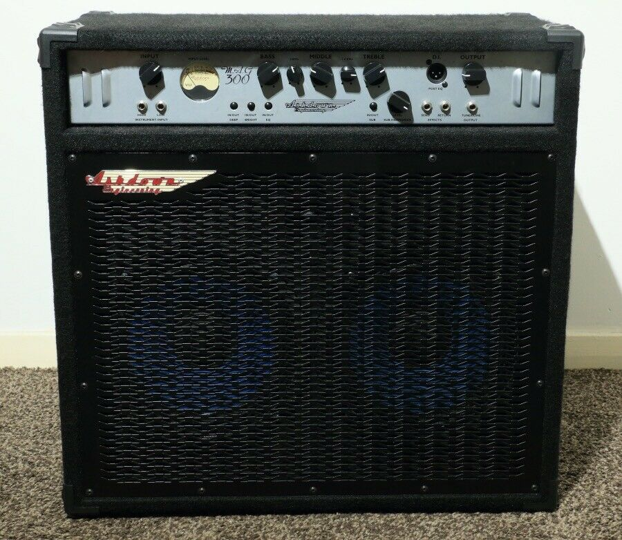 ashdown mag 300 watt bass guitar combo amp in alloa clackmannanshire gumtree. Black Bedroom Furniture Sets. Home Design Ideas