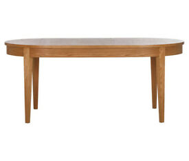 Schreiber Corscombe Dining Table - Oak