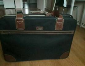 Delsey Suitcase with wheels