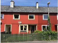 Unfurnished 3 bedroomed mid-terrace house in highly desirable, residential area of Glencoe village.