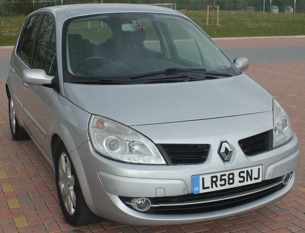 2008 renault scenic dynamique dci 130 silver in stafford staffordshire gumtree. Black Bedroom Furniture Sets. Home Design Ideas
