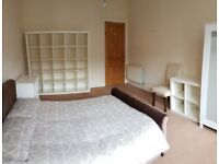 DOUBLE ROOMS AVAILABLE ALL OVER GLASGOW ..CAN DO SHORT TERM