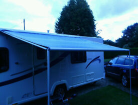 Caravanstore pull out canopy - caravan