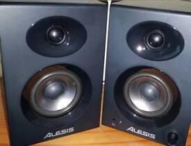 Alesis Elevate 3 Active Powered Desktop Studio Monitor Speakers