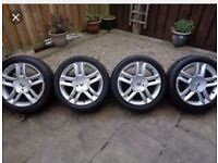 17 inch renault louxor alloys 5 stud with good tyres size 225/45/17