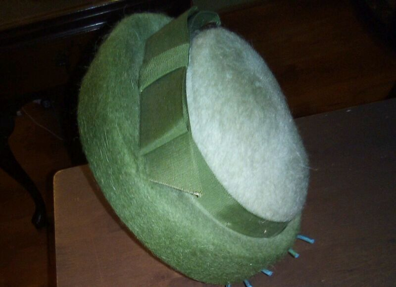 Vintage Melo Ombre 100% Wool Light Green Hat With Ribbon