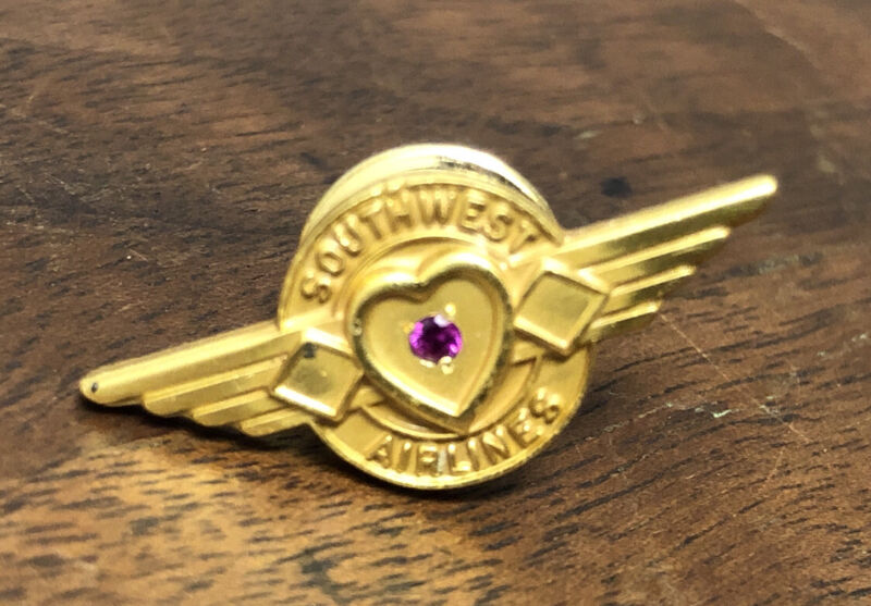 Southwest Airlines Wing Type 10 Year Service Pin