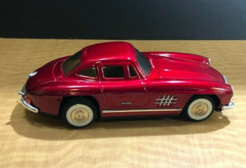 Vintage Tin Friction 1956 Mercedes Benz Toy W/Sound>Good ConditionW/Orig.BoxRed2