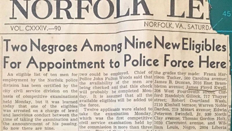 Newspaper Clipping & Paper Norfolk VA African Amercian Police 1945 Black America