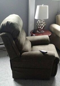 Medical Lift Recliner Chair Only 9 Months Old St. John's Newfoundland image 2