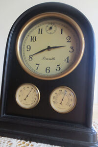 Clock with Hygrometer and Thermometer
