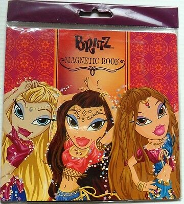 BRATZ   Bi-fold Magnetic Album magnetic activity book playscene