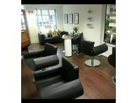 Nail tech space to rent on maybank high street!