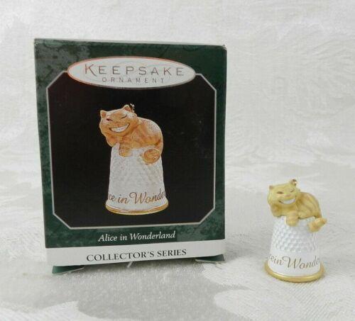 1998 Hallmark Christmas Ornament Alice in Wonderland Cheshire Cat Thimble