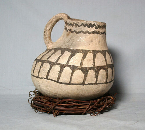 Anasazi / Tularosa Black on White Duck Effigy ca 1175 to 1300 ad. Intact