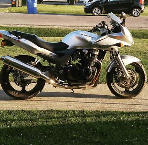 2002 Kawasaki ZR-7S