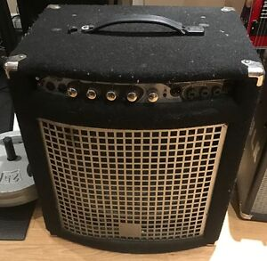 SELLING THE LAST 2 BASS AMPS FROM MY COLLECTION