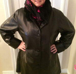 Black Leather Coat. Plus size 16 Kitchener / Waterloo Kitchener Area image 3