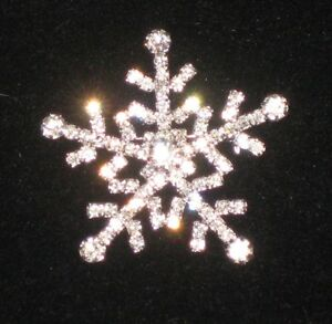 Crystal Avenue Sparkly Winter Snowflake Christmas Brooch