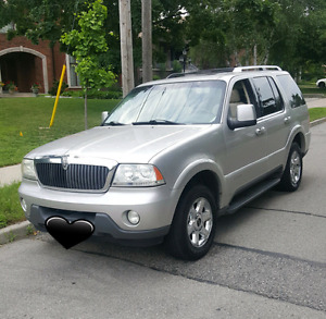 *LUXURY 2004 LINCOLN AVIATOR AWD*