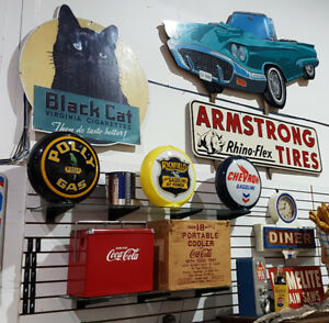 NEW YEAR'S DAY COLLECTIBLES AUCTION JAN 1 AT 11AM