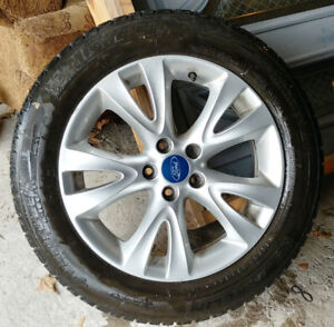 ford mags pneus 235-55-18 d'hiver/winter