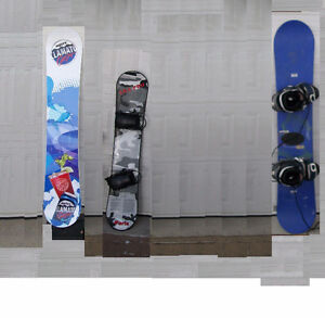3 Snowboard packages / Planche à neige