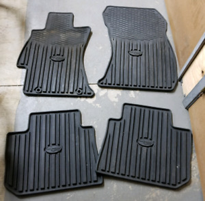 Subaru heavy duty floor mats