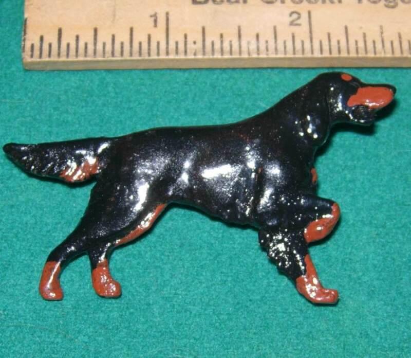 Beautiful Handmade Resin Cast & Painted Gordon Setter Dog Pinback