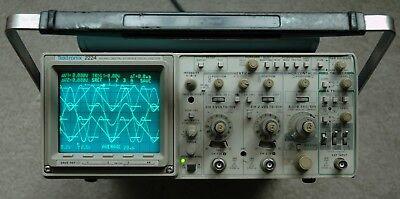 Tektronix 2224 60mhz Analog Digital Oscilloscope Two Probes Power Cord