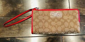 NWT Coach Wristlet Purse