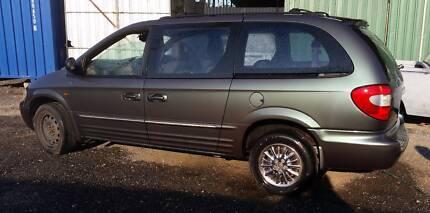 2002 Chrysler Voyager Wagon - CHEAP!