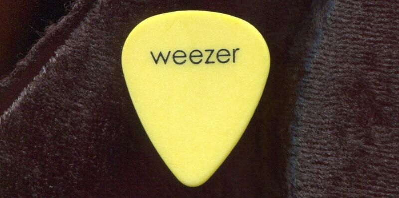WEEZER 2001 Concert Tour Guitar Pick!!! BRIAN BELL custom stage Pick
