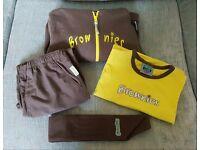 Girls Brownies uniform