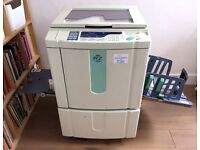 Risograph RZ370EP + 4 drums + 9 cartridges + 2 masters