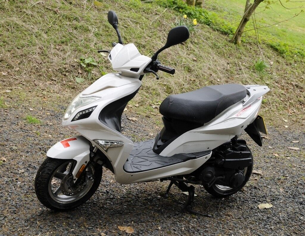 Db 124 Scorpion Scooter Good Condition Just Motd In Hawick