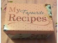 Me To You - Recipes Box with Cards & Cookie Cutter Brand New RRP £10.00