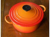 Le Creuset Casserole with lid. Size B (1.8 litres)