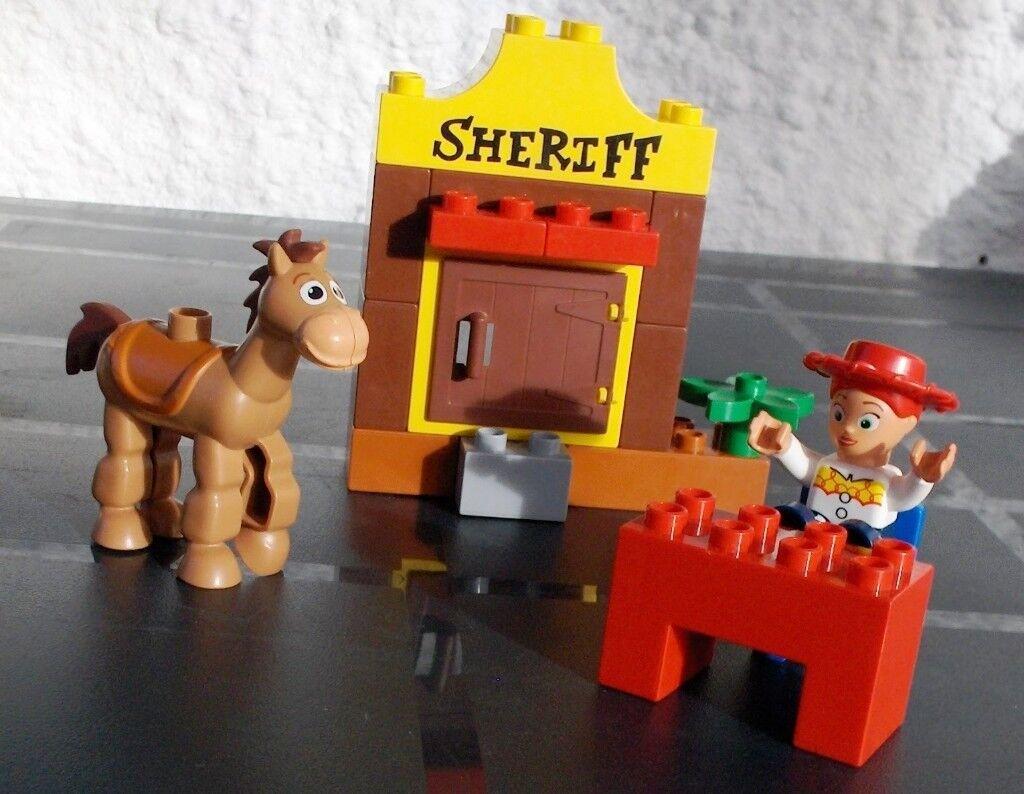 Lego Duplo Toy Story Jessies Roundup