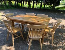 Beautiful solid pine farmhouse table and chairs