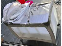 Graco bear and friends travel cot
