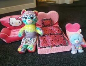 Build A Bear Beds plus chair plus bears bundle
