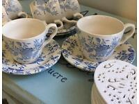 Set of 6 Vintage Style Cups & Saucers £9.99 ono
