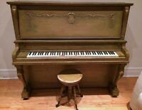 PIANO DROIT C.W. LINDSAY LIMITED